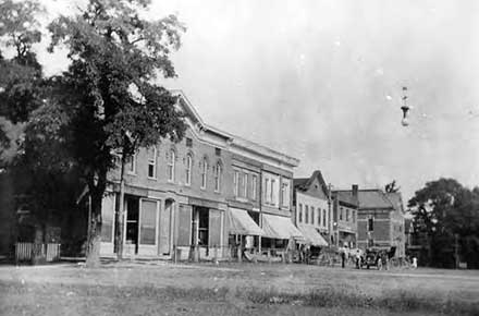 West side of Main Street, Burton, Ohio, 1909
