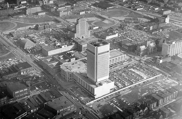 An aerial view of Cleveland State University, 1971