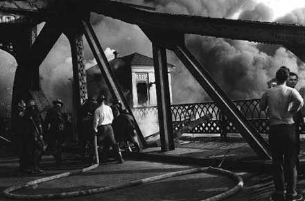 Cuyahoga River fire, 1952, Jefferson St. & W. 3rd