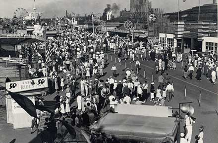 Midway at the Great Lakes Exposition