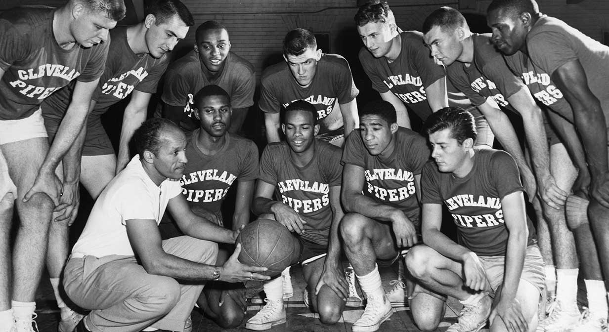 Team photo of the Cleveland Piper's, Cleveland's first professional basketball team, 1959.