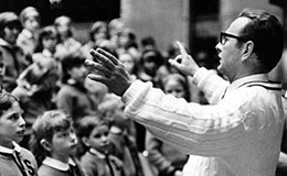 Bill Boehm conducting the Singing Angels