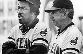 Cleveland Indians player Pat Kelly (left) stands next to manager Dave Garcia, 1981