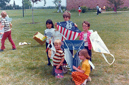 Summer kite flying contest winners, 1977