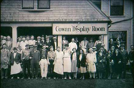 Cowan Pottery employees, new display room, 1930